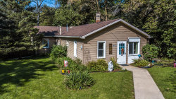 Photo of 6N650 Thorn Road, Roselle, IL 60172 (MLS # 10542728)