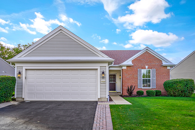 Photo for 13040 Crestview Drive, Huntley, IL 60142 (MLS # 10543486)