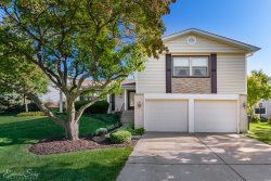 Photo of 4231 N Sturbridge Drive, Hoffman Estates, IL 60192 (MLS # 10543626)