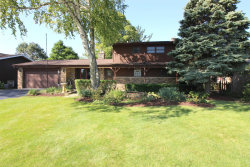 Photo of 500 Springhill Drive, Roselle, IL 60172 (MLS # 10545349)