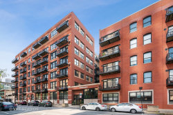 Photo of 226 N Clinton Street, Unit Number 314B, Chicago, IL 60661 (MLS # 10548533)
