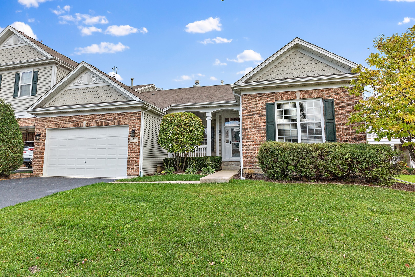 Photo for 365 Ashby Court, Geneva, IL 60134 (MLS # 10551926)