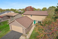 Photo of 544 Sequoia Trail, Roselle, IL 60172 (MLS # 10551999)