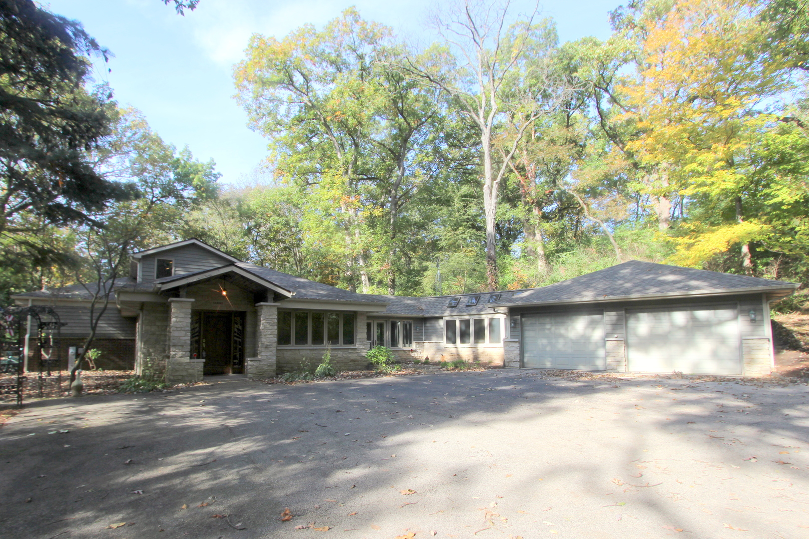 Photo for 8411E Crystal Springs Road, Woodstock, IL 60098 (MLS # 10552172)