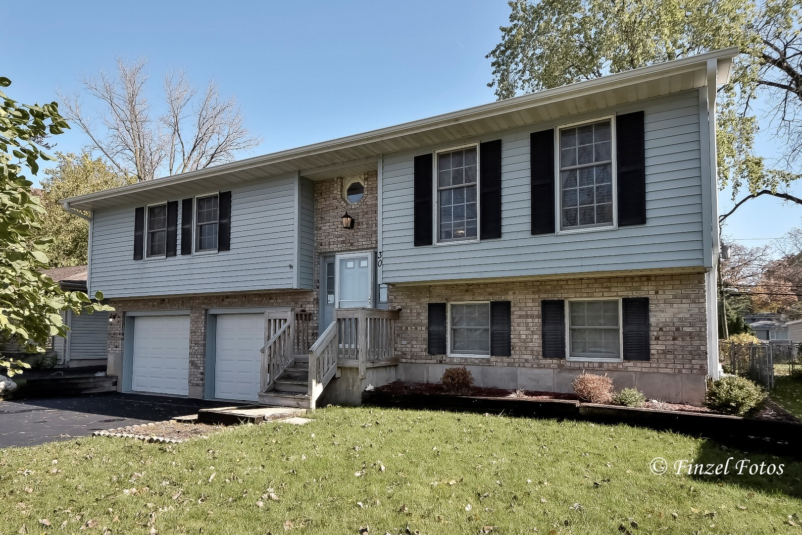 Photo for 30 Hilltop Drive, Lake In The Hills, IL 60156 (MLS # 10564533)
