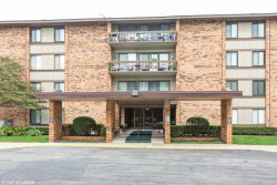 Photo of 101 Lake Hinsdale Drive, Unit Number 111, Willowbrook, IL 60527 (MLS # 10564771)