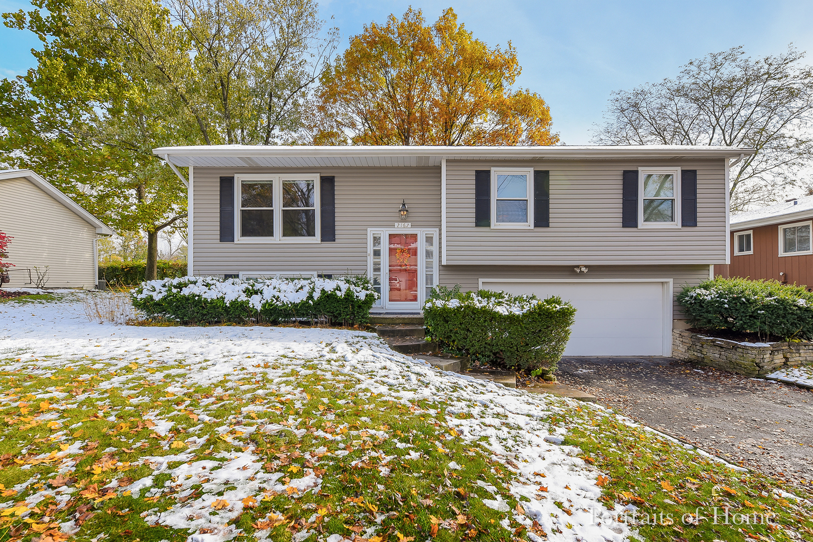 Photo for 2167 Midhurst Road, Downers Grove, IL 60516 (MLS # 10565479)