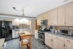 Tiny photo for 737 Claremont Drive, Downers Grove, IL 60516 (MLS # 10568135)
