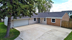 Photo of 549 Redwood Road, Bolingbrook, IL 60440 (MLS # 10568520)