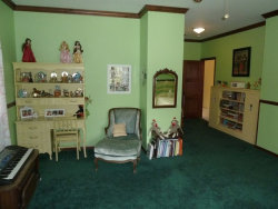 Tiny photo for 1301 Tower Lane, Cary, IL 60013 (MLS # 10568641)