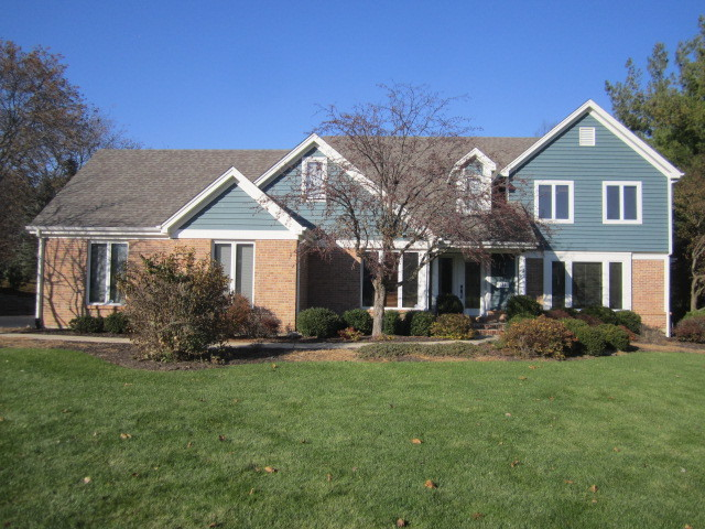 Photo for 658 Old Westbury Road, Crystal Lake, IL 60012 (MLS # 10569147)