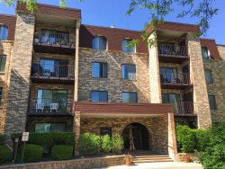 Photo of 2150 Valencia Drive, Unit Number 203, Northbrook, IL 60062 (MLS # 10569271)