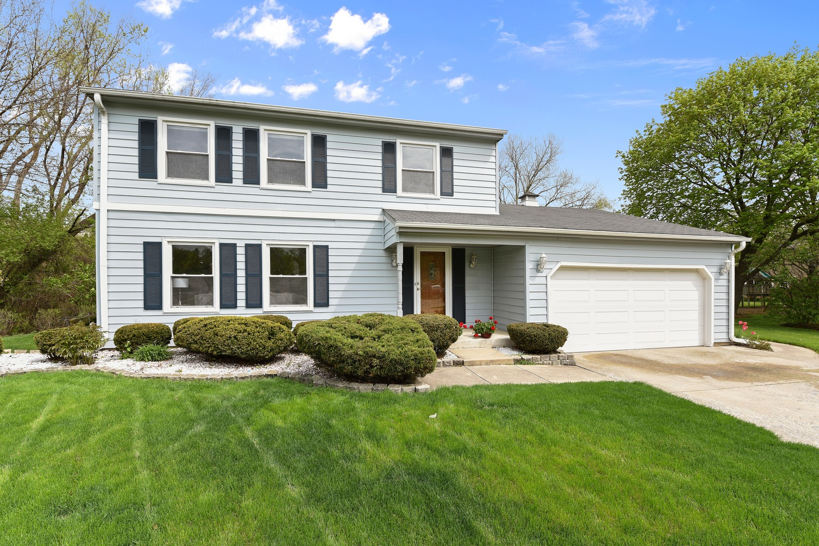 Photo for 1608 Plum Court, Downers Grove, IL 60515 (MLS # 10569426)