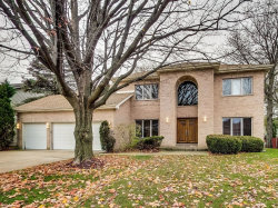 Photo of 960 Lucinda Drive, Buffalo Grove, IL 60089 (MLS # 10569491)