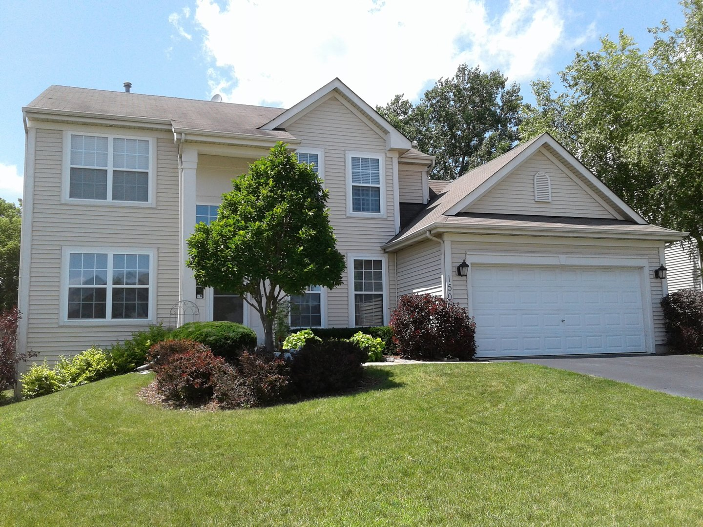 Photo for 150 Winding Canyon Way, Algonquin, IL 60102 (MLS # 10569545)