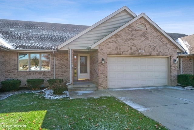 Photo for 1480 Adrienne Circle, Sycamore, IL 60178 (MLS # 10569697)