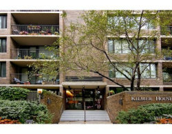 Photo of 1555 N Sandburg Terrace, Unit Number 415K, Chicago, IL 60610 (MLS # 10572646)