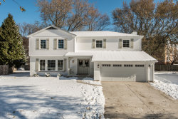Photo of 242 Anthony Court, Buffalo Grove, IL 60089 (MLS # 10574318)