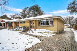 Photo of 44 Rosemont Avenue, Roselle, IL 60172 (MLS # 10574419)
