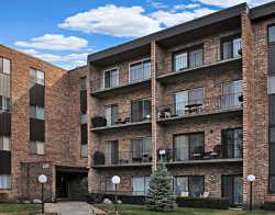 Photo of 701 W Huntington Commons Road, Unit Number 103, Mount Prospect, IL 60056 (MLS # 10574624)