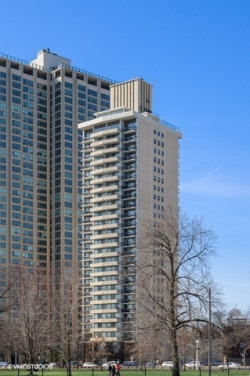 Photo of 3470 N Lake Shore Drive, Unit Number 10C, Chicago, IL 60657 (MLS # 10577599)