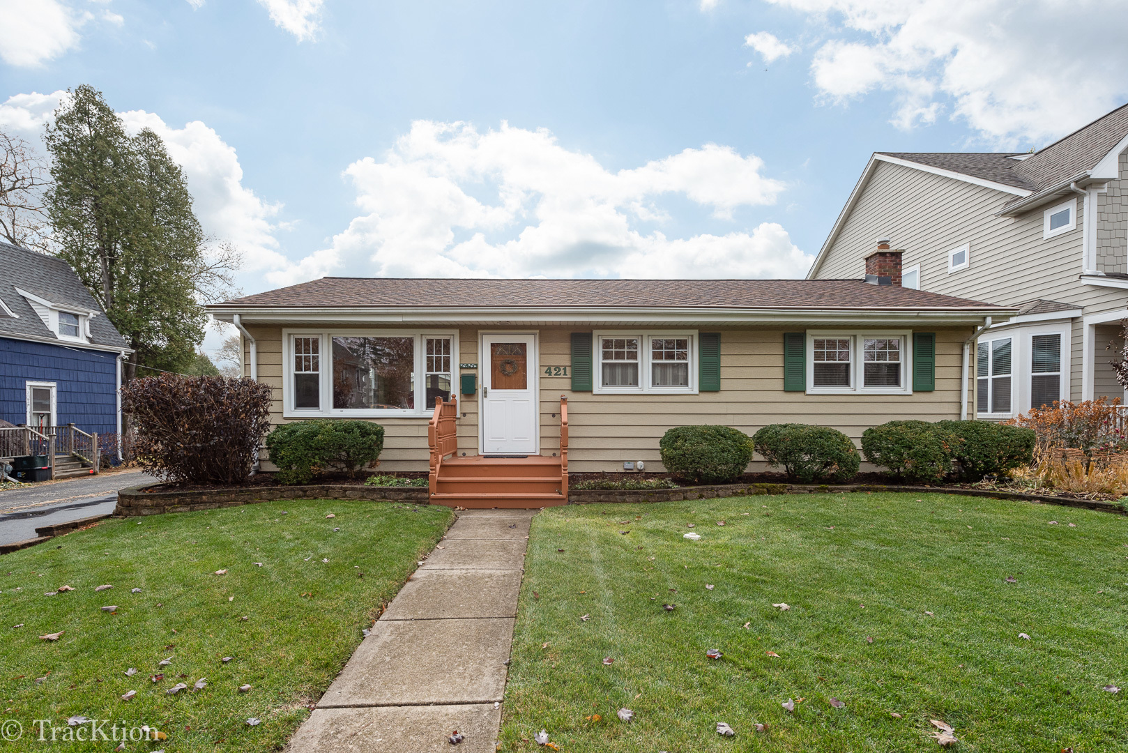 Photo for 421 Davis Street, Downers Grove, IL 60515 (MLS # 10578895)