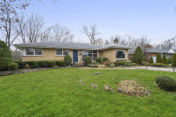 Photo of 308 Cottonwood Road, Northbrook, IL 60062 (MLS # 10579959)