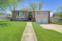 Photo of 3313 Woodridge Drive, Woodridge, IL 60517 (MLS # 10583343)