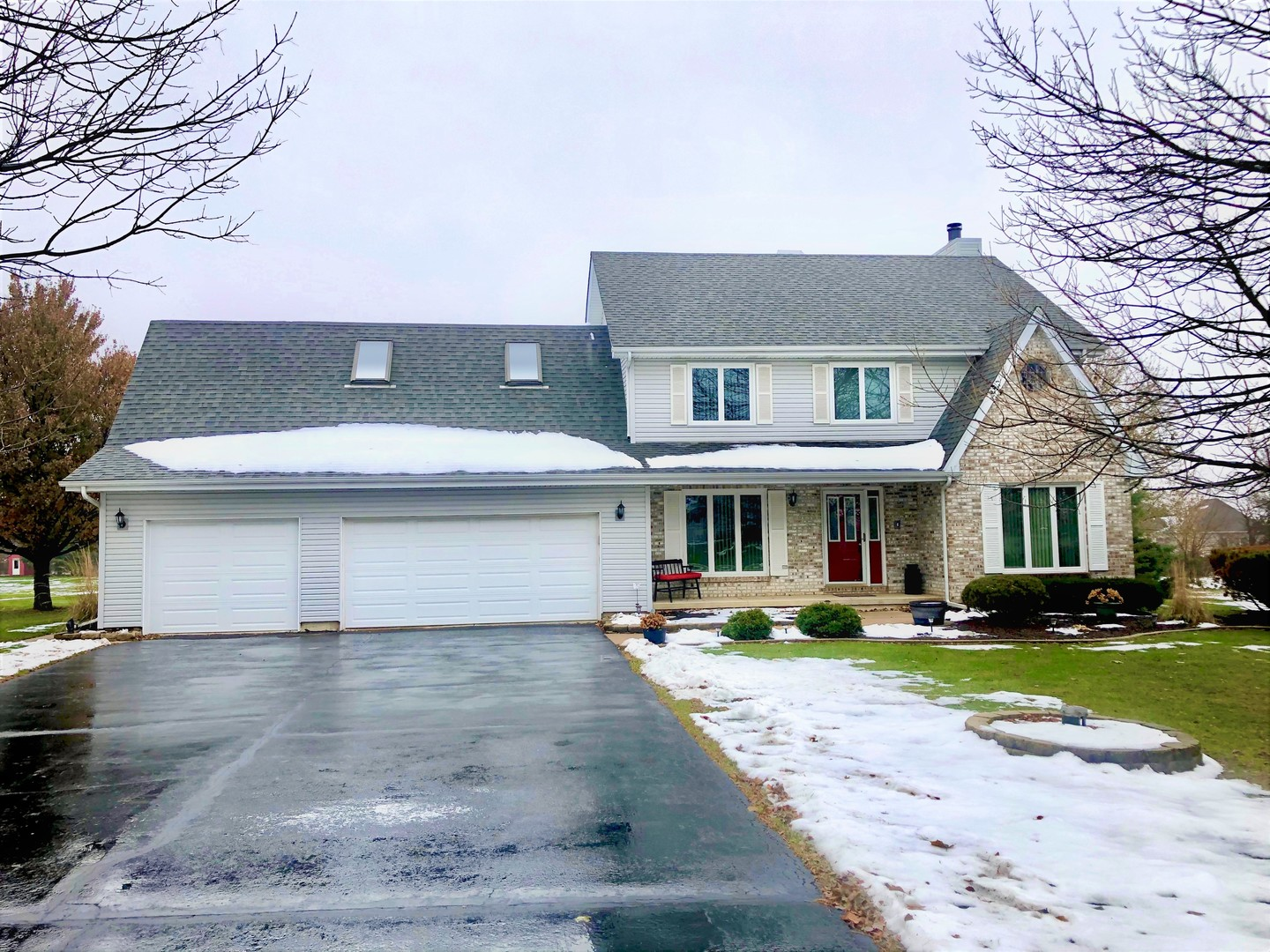 Photo for 19N232 Green Meadows Lane, Hampshire, IL 60140 (MLS # 10583875)