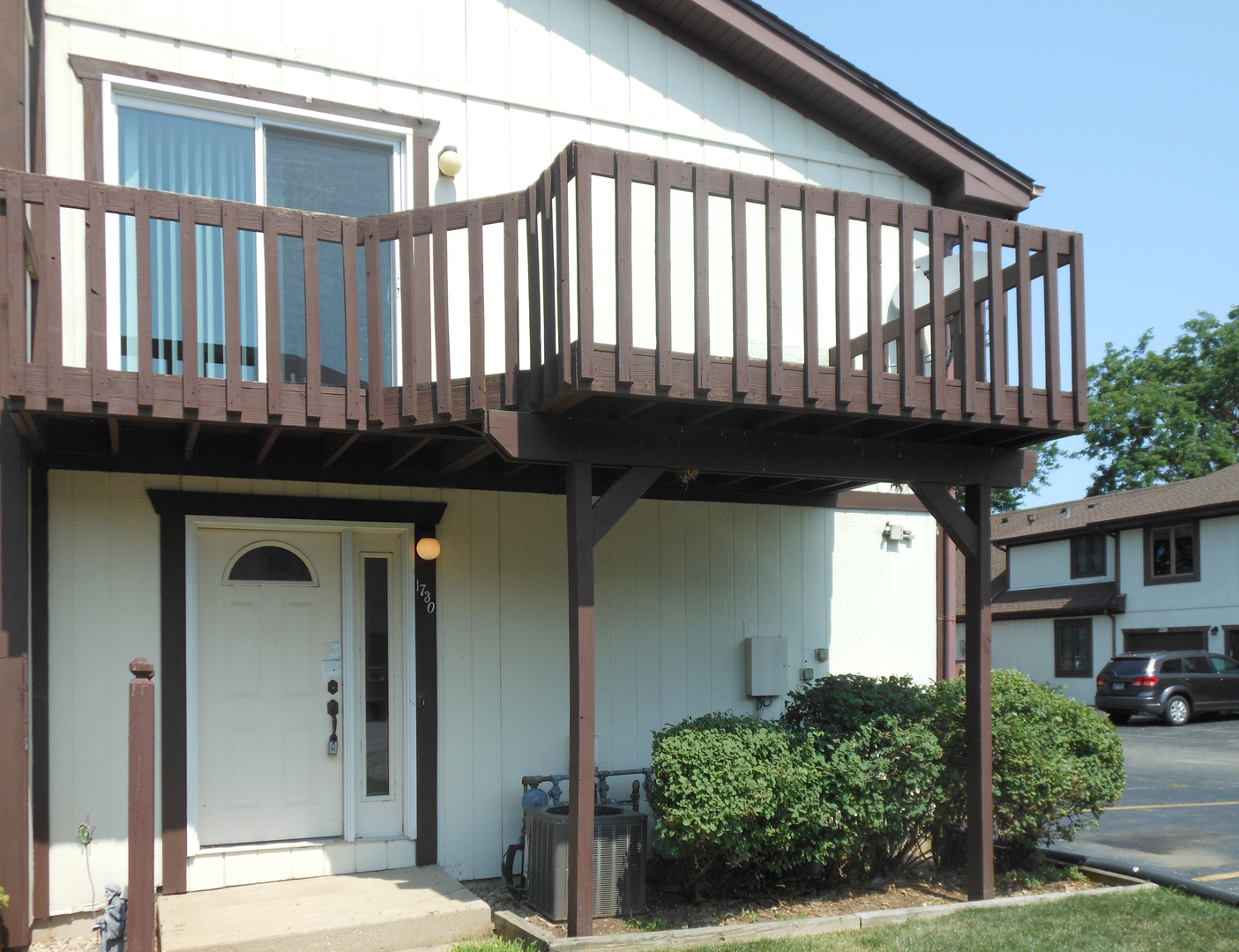 Photo for 1730 Cedarbrook Court, Unit Number 1730, Sycamore, IL 60178 (MLS # 10591229)
