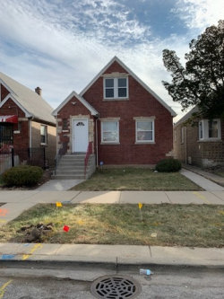 Photo of 633 E 102nd Place, Chicago, IL 60628 (MLS # 10592811)