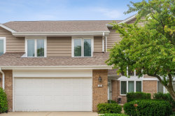 Photo of 82 Woodstone Drive, Buffalo Grove, IL 60089 (MLS # 10593933)