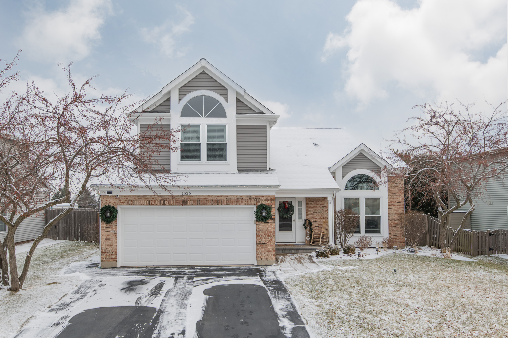 Photo for 1536 Stockton Lane, Crystal Lake, IL 60014 (MLS # 10594655)