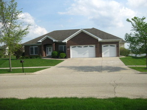 Photo for 409 Jake Court, Hampshire, IL 60140 (MLS # 10594961)