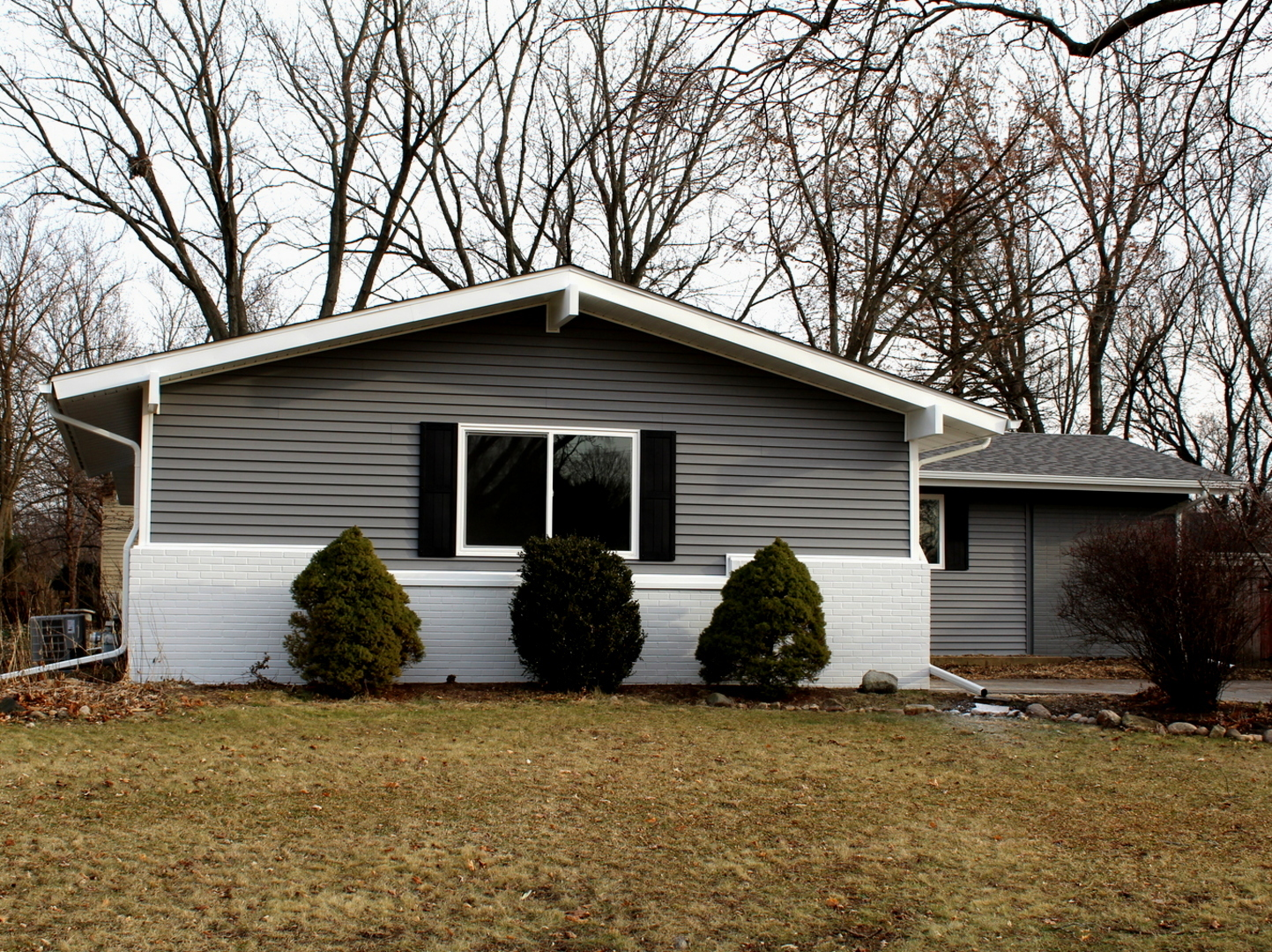 Photo for 635 Sussex Lane, Crystal Lake, IL 60014 (MLS # 10596938)