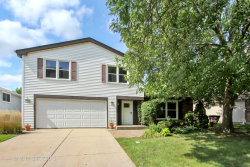 Photo of 916 Thornton Lane, Buffalo Grove, IL 60089 (MLS # 10601236)