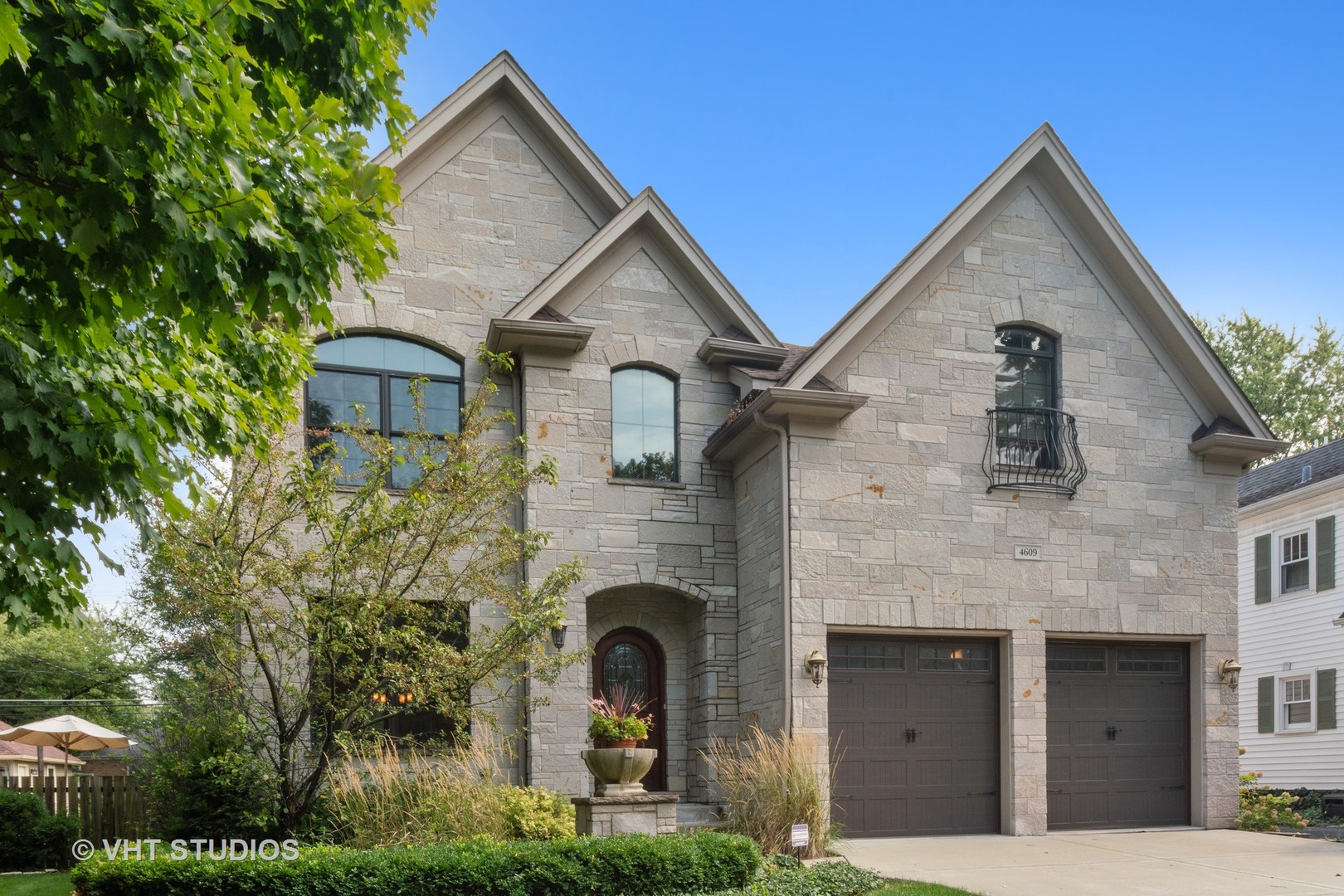 Photo for 4609 Forest Avenue, Downers Grove, IL 60515 (MLS # 10604732)