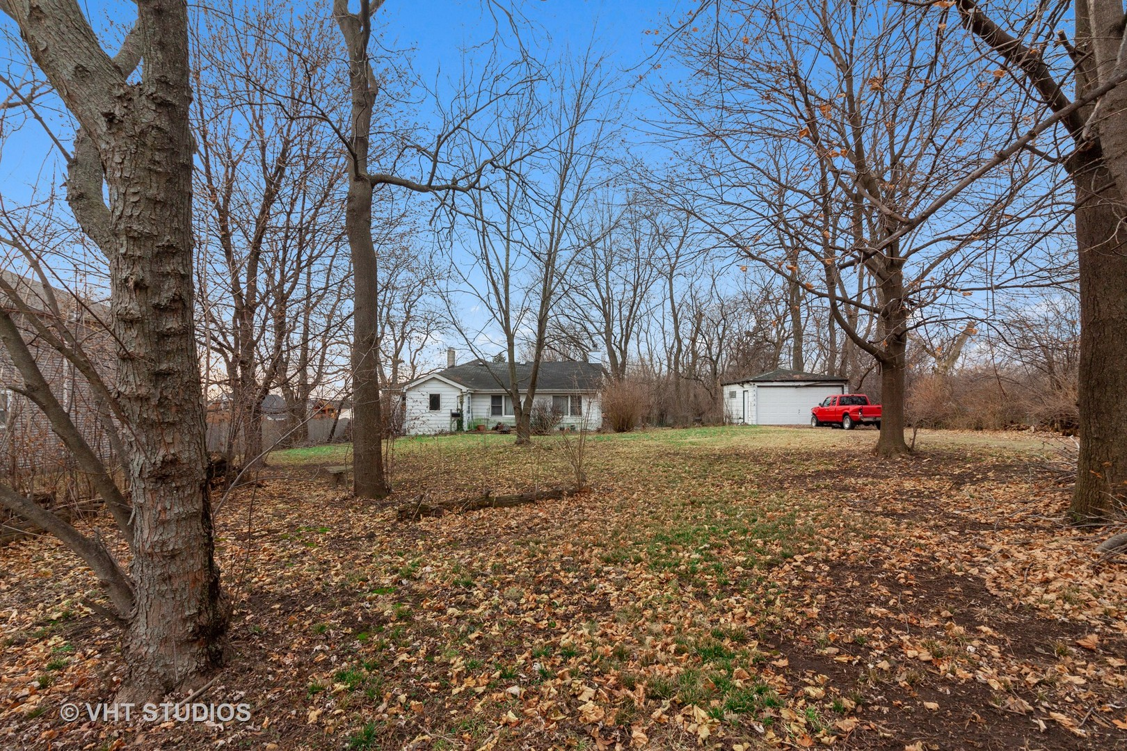Photo for 6232 Dunham Road, Downers Grove, IL 60516 (MLS # 10608642)