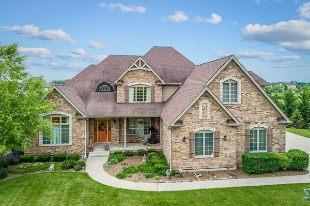 Photo for 43W745 N Sunset Views Drive, St. Charles, IL 60175 (MLS # 10608664)