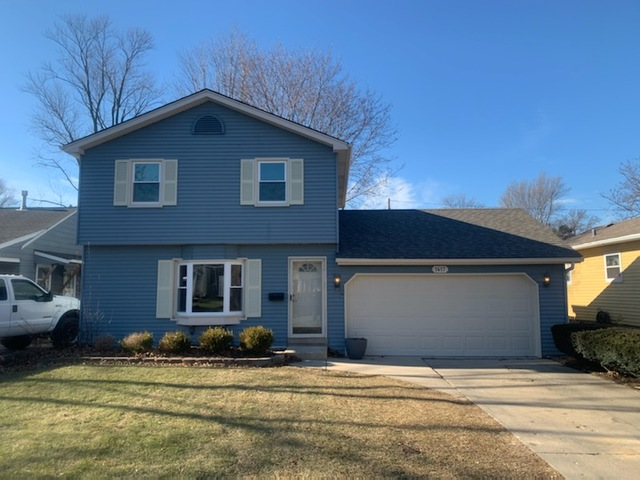 Photo for 1417 S 2nd Street, St. Charles, IL 60175 (MLS # 10608941)