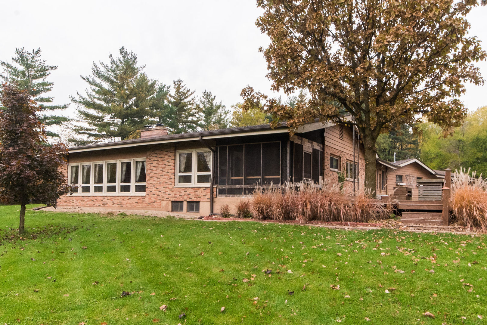 Photo for 24072 N 1st Street, Sycamore, IL 60178 (MLS # 10609935)