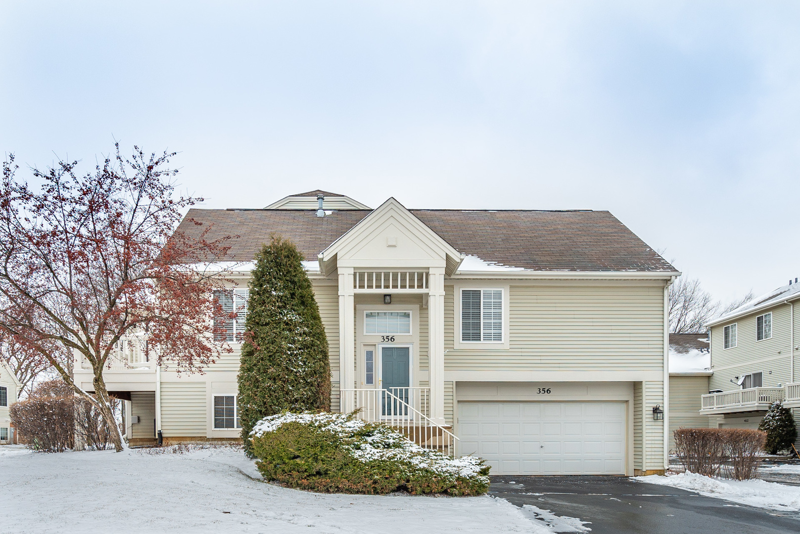 Photo for 356 New Haven Drive, Cary, IL 60013 (MLS # 10611826)