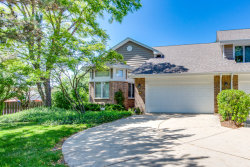 Photo of 42 Woodstone Court, Buffalo Grove, IL 60089 (MLS # 10613747)