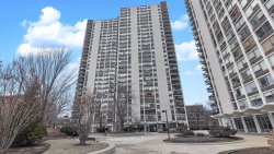 Photo of 1460 N Sandburg Terrace, Unit Number 1012A, Chicago, IL 60610 (MLS # 10616098)