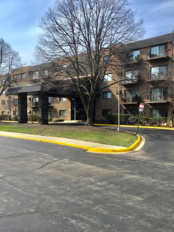 Photo of 239 N Mill Road, Unit Number 404A, Addison, IL 60101 (MLS # 10617624)
