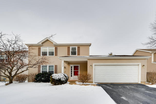 Photo for 968 Woodbridge Drive, Cary, IL 60013 (MLS # 10617710)