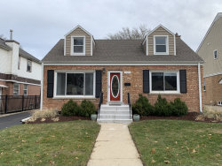 Photo of 221 N Maple Street, Mount Prospect, IL 60056 (MLS # 10618490)