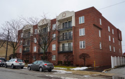 Photo of 5840 W Lawrence Avenue, Unit Number 402, Chicago, IL 60630 (MLS # 10619462)