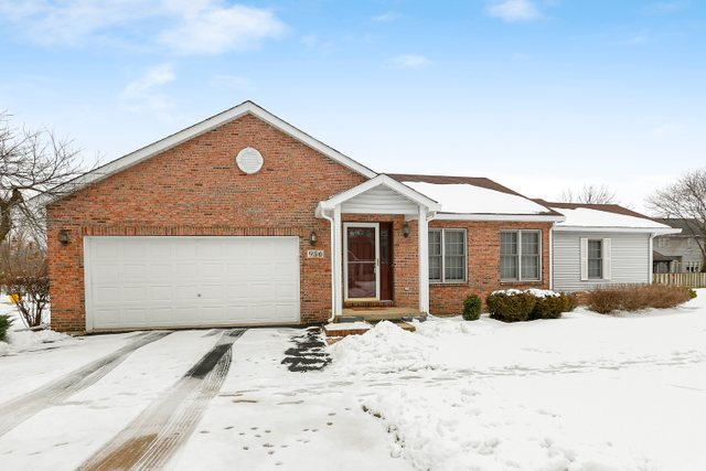Photo for 956 Breton Court, Batavia, IL 60510 (MLS # 10621865)