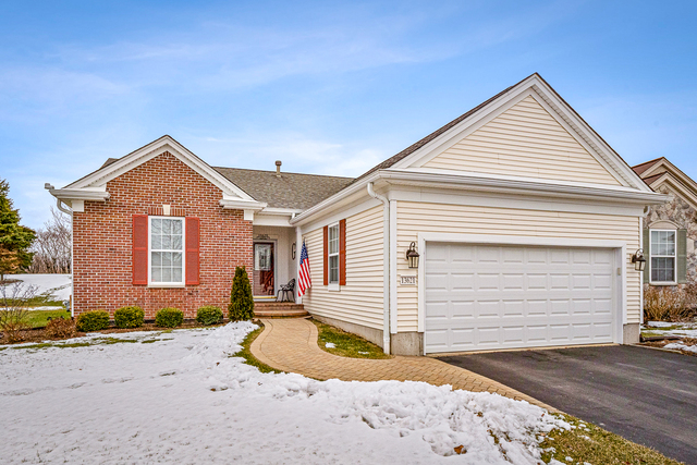 Photo for 13621 Windy Prairie Drive, Huntley, IL 60142 (MLS # 10624316)